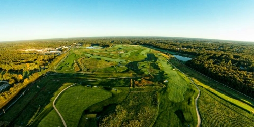 McCulloughs Emerald Golf Links